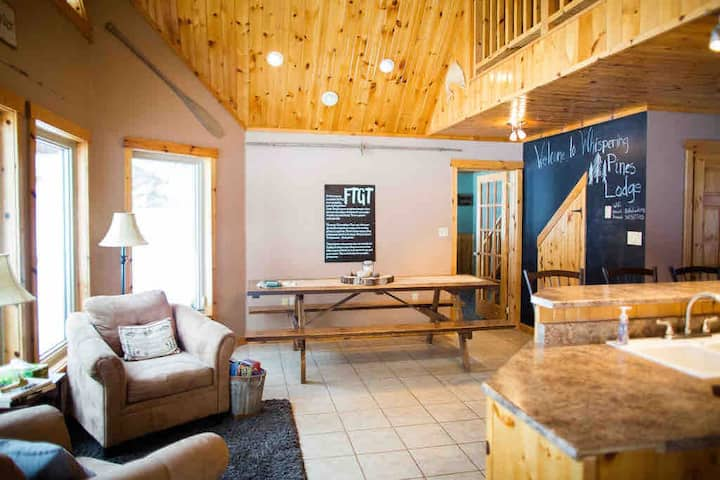 Whispering Pines Lodge| 10 guest| ATV |waterfront