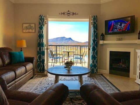Angel's Heaven, Luxury Mountain View Condo