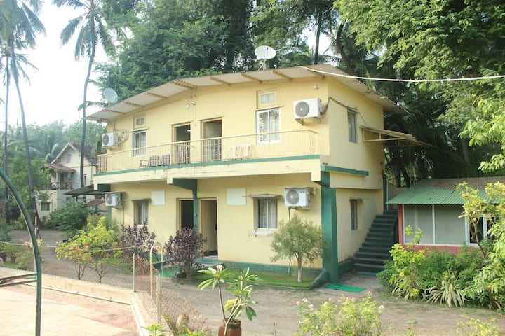 Lsq Goolkush resort
