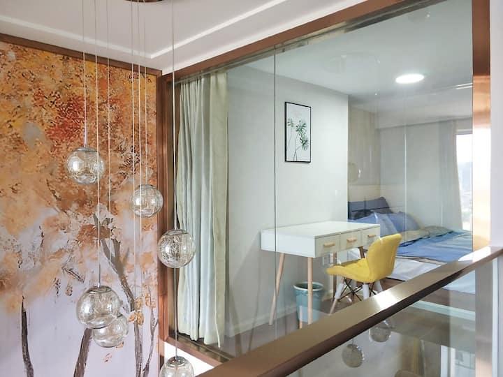 新城吾悦广场轻奢两室loft复式公寓
