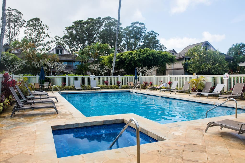 Pool, Jacuzzi and tons of room to toss the ball around, play hackeysack or just lounge in the grass outside the pool.