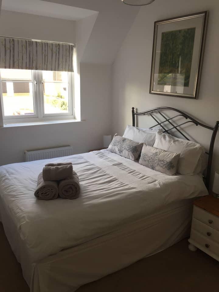 Modern, light airy open plan accommodation