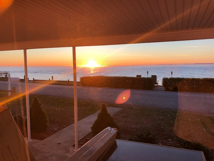 Escape to our Waterfront House In Old Saybrook CT