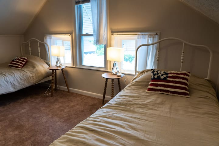 Upstairs smaller bedroom ideal for kids!