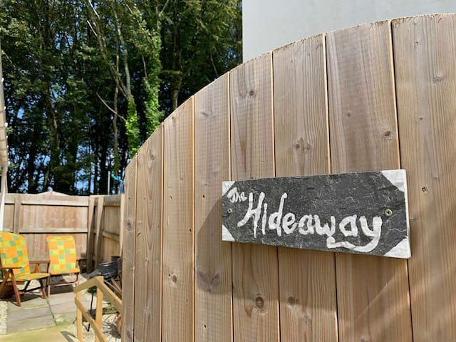 The Hideaway - Pet friendly, 3m to nearest beach