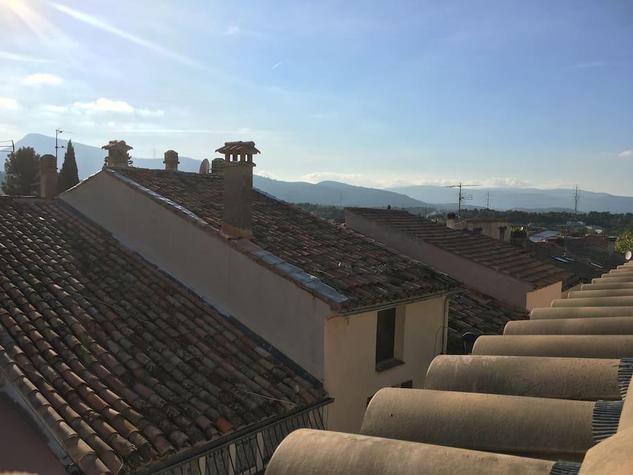 Magnifique vue sur les toits de Rocbaron