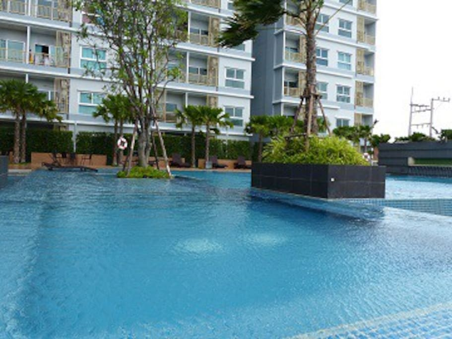 spacious swimming pool so convenient for you