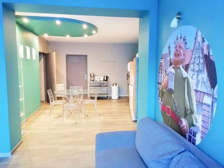 Luxury Apartment, terrace in the center of Bethune