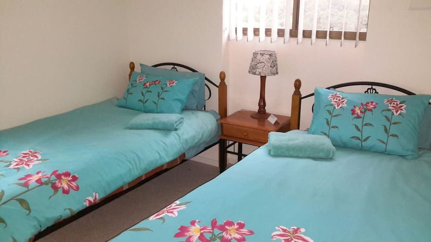 Comfortable king size single beds.