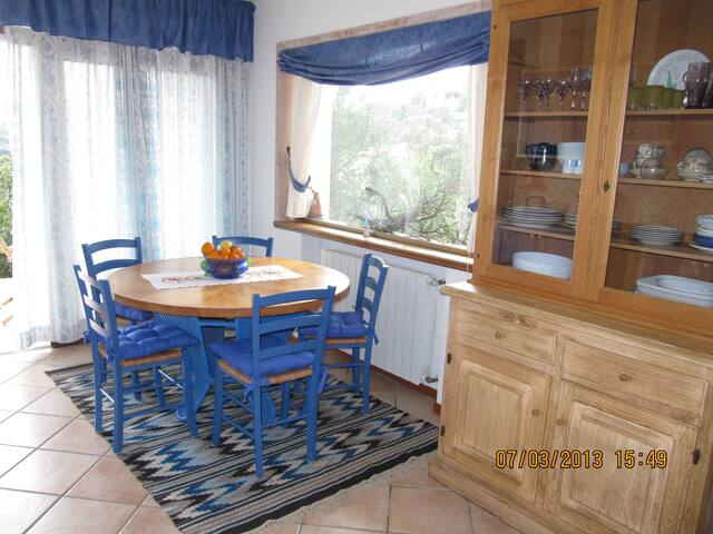 the blue house - San Pantaleo - Appartement