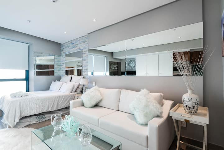 Pearls-Luxurious Ridge Studio, near Umhlanga beach