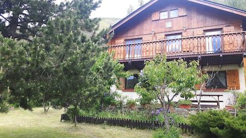 Apartamento rústico para 4 personas en Cerdaña