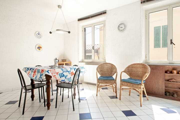 Cozy Apartment 2minutes from the beach