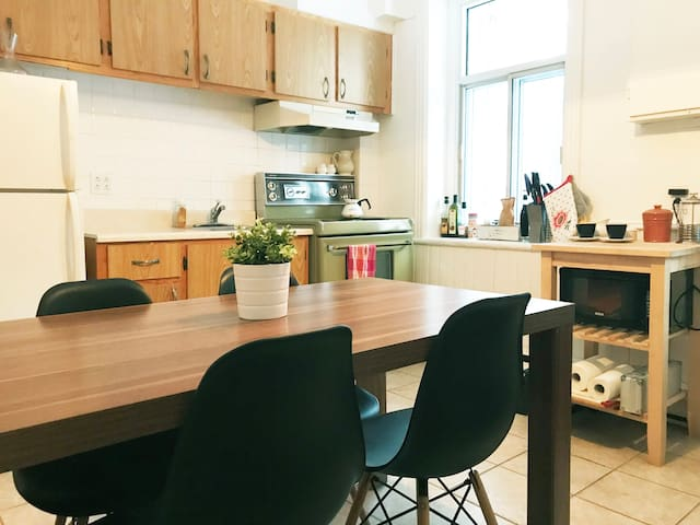 Lovely apartment in le Plateau / Mile End