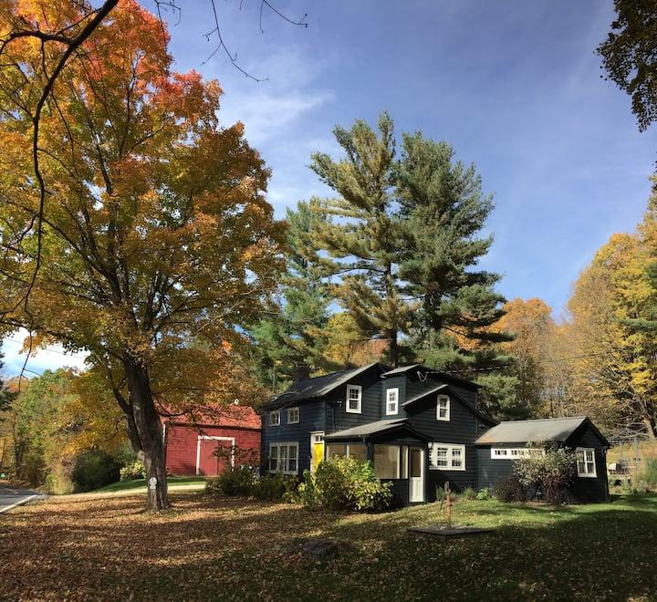 Cozy Columbia County Farmhouse amid Fall Foliage