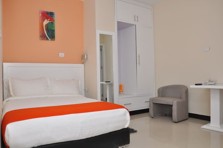 AfroAddis Hotel Apartment Single Room