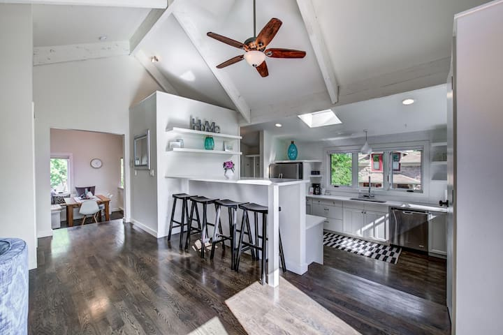 Bright & Airy Heart of Boulder