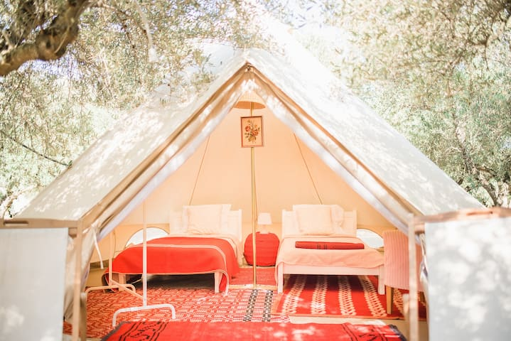Glamping Poros, Olive, Beltent in olive grove (2p)