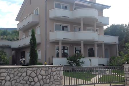 Deluxe app in Villa Mira NEW - Klenovica