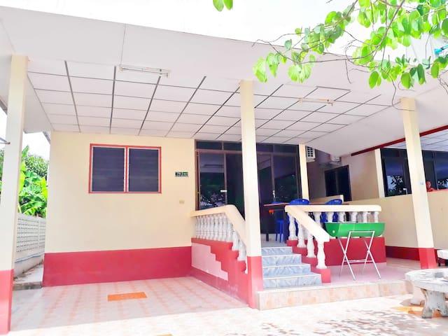Mae Rampung Beach House 5