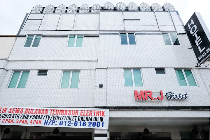 Mr J Hotel Wakaf Che Yeh 1- 1BR Deluxe Double