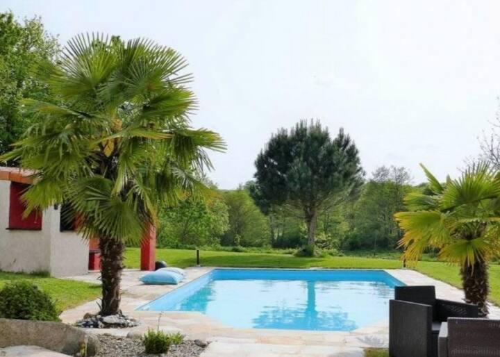 Chambres donnant  sur piscine, SBD privative