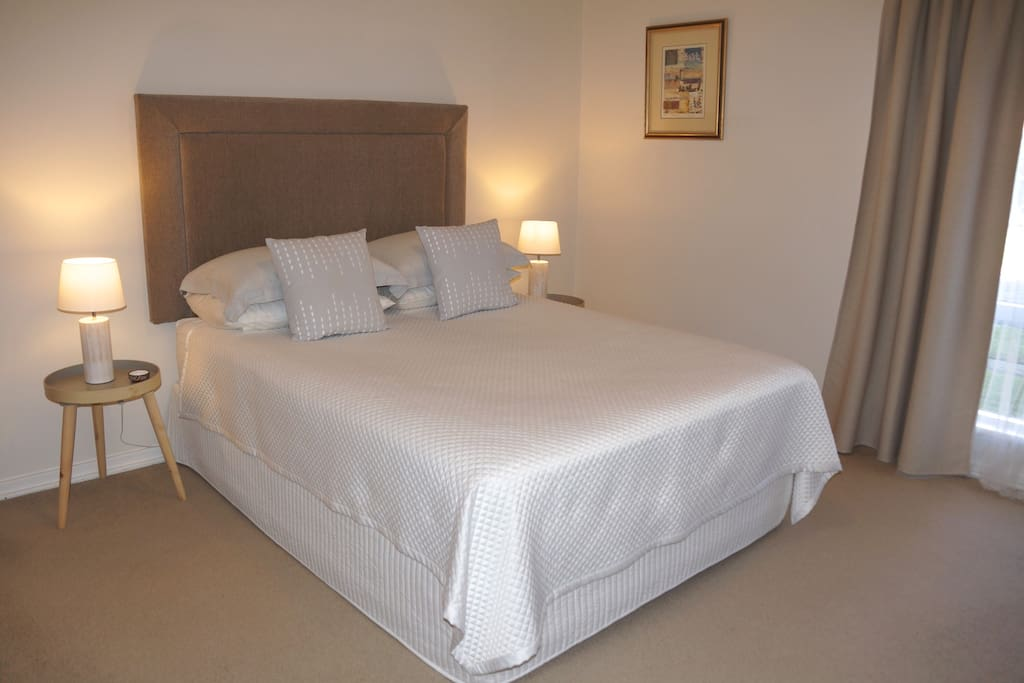 Master Bedroom QS Bed. Air conditioned