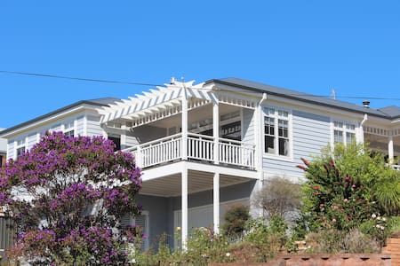 Luxury retreat on Werri Beach, Gerringong