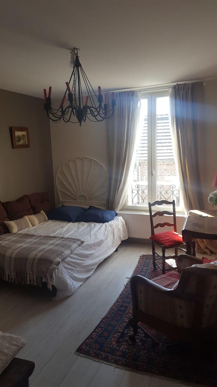 Loue chambre privée chez le propriétaire