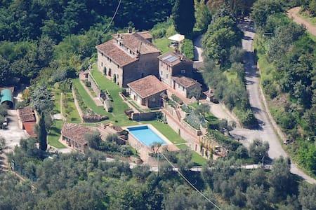 Borgo a Lucca - Lucca