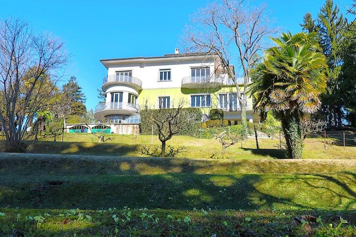 BIANCA: camera con 2 stanze in Villa Silvia B&B