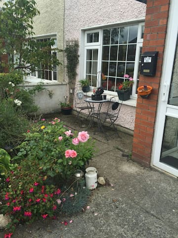Double Room ensuite in Suburbia, for 1 or 2 ppl - Carlow - Ház