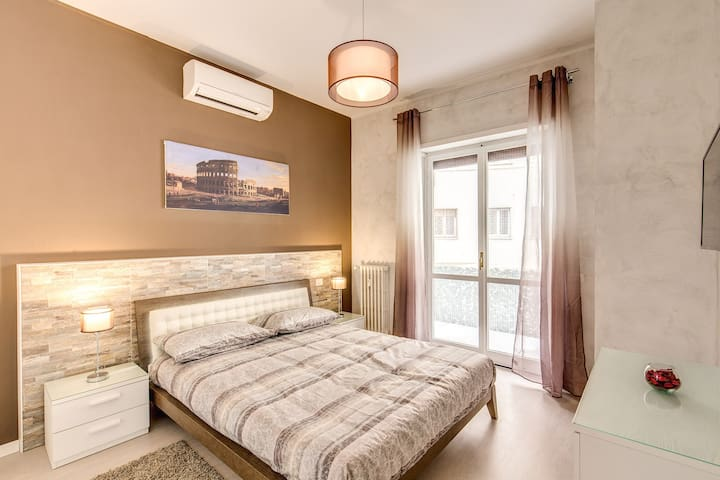 Lovely renovated flat very close to St. Peter