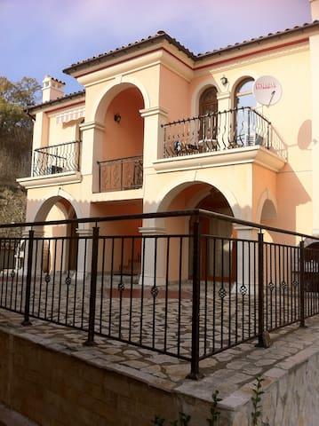 Елените, Вилла Романа - на побережье Черного моря - Elenite - Apartment