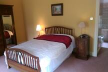 Superb Double room on Maynooth stud farm