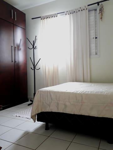 Apartamento completo dois quartos #204