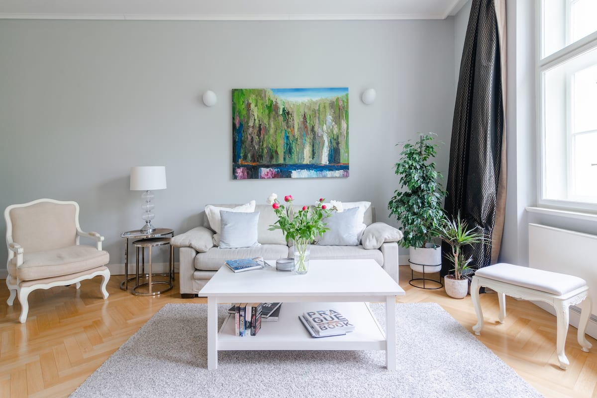 Charming Old Town Apartment Offering All You Need and Wish