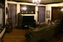 Mini Suite in the House of Odd