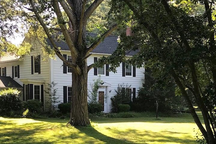 Historic 19th Century Eastern Shore Farmhouse