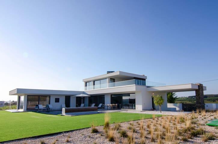 New modern luxery Villa Zilverkust Portugal