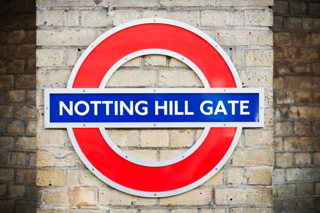 Minutes walk to Notting Hill Tube Station with the Central, Circle, and District line.