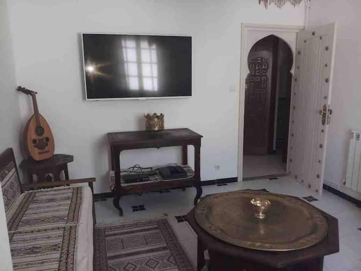 Superbe appartement en étage de villa - Hydra.