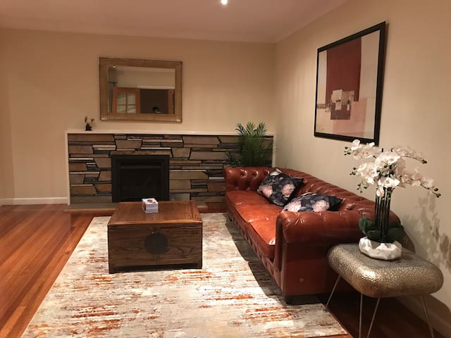 Private Room in Mw near clayton and monash