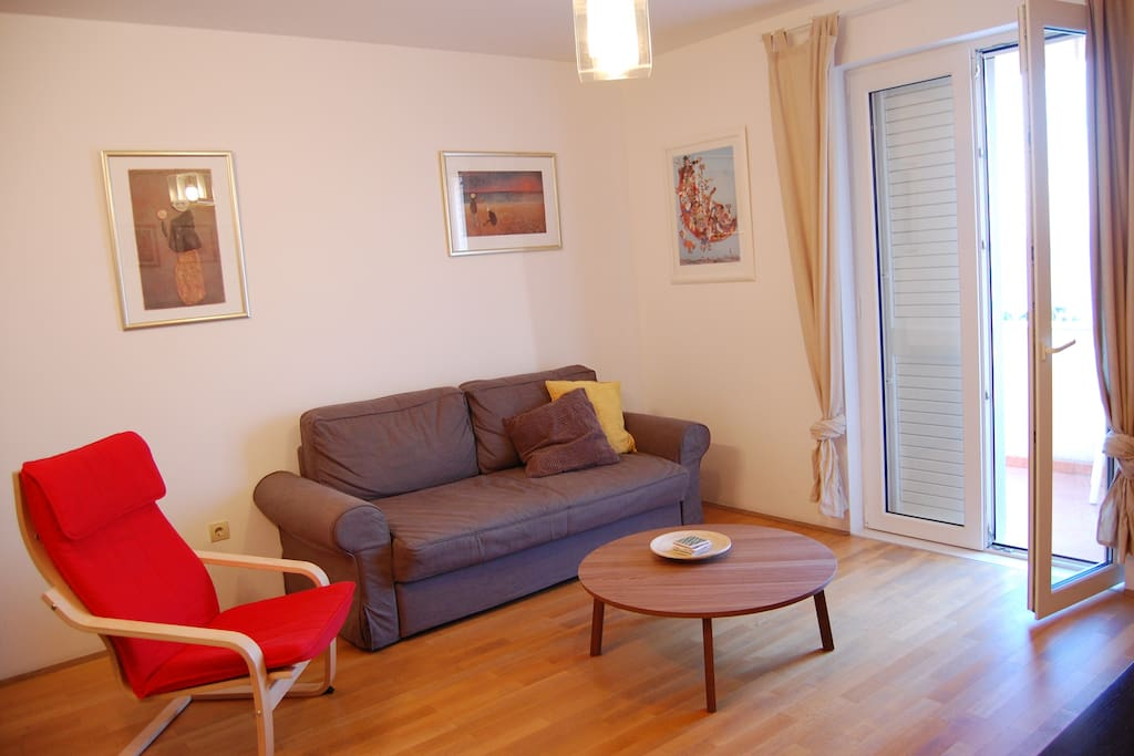 Living room, balcony with sea views. Apartment in Dubrovnik