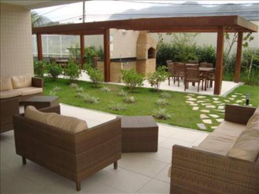 Barbecue Area and Lounge