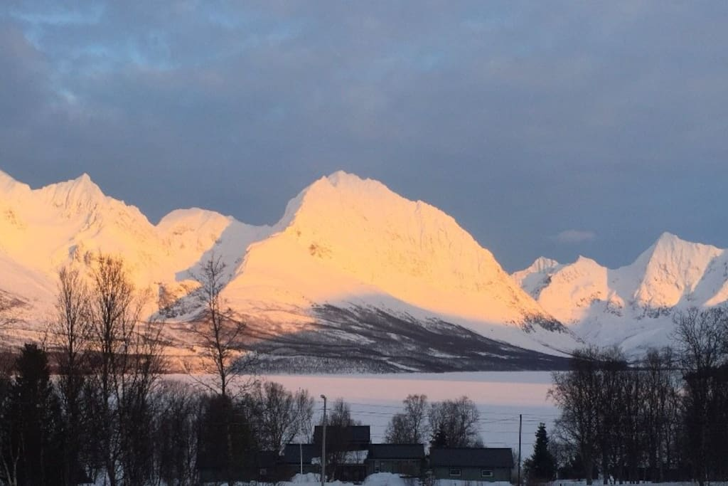 Lyngen Alps. The wiew from the cabin