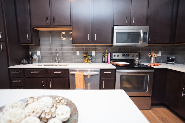 2BD/2BA Apartment! Better than a hotel! - Minneapolis - Appartement