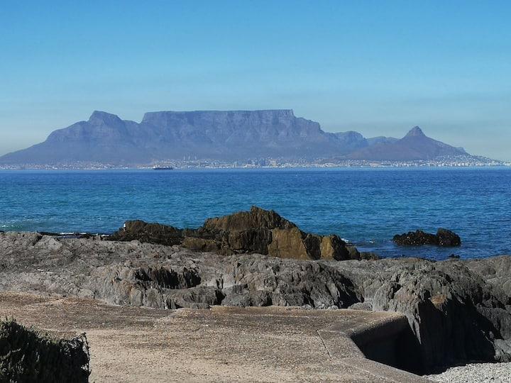 Cape Town Beach Front Apartment