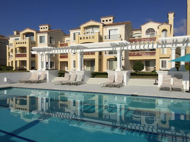 Luxury Oceanfront Home - Playa Blanca BC