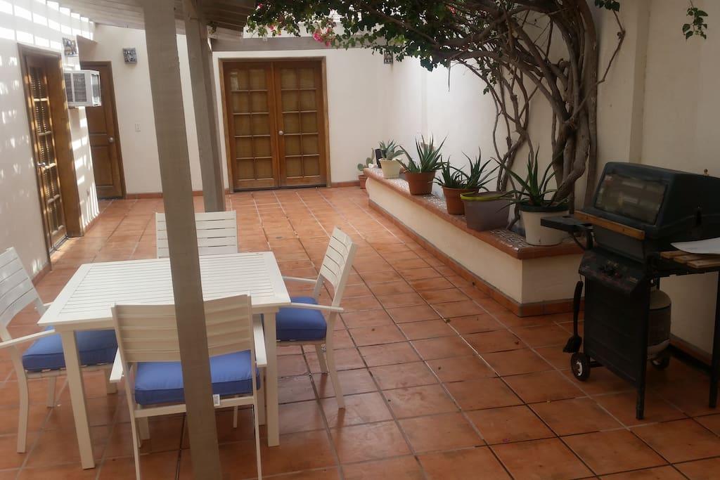 House has an internal private courtyard.